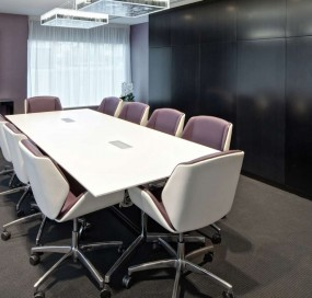375 Kensington High Street - Management Suite